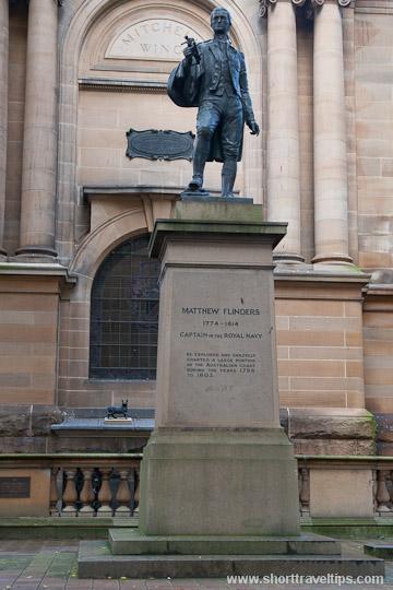 Matthew Flinders statue, Sydney