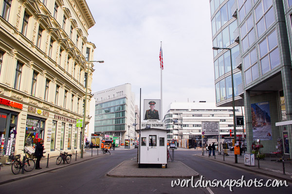 Checkpoint Charlie, Berlin Wall