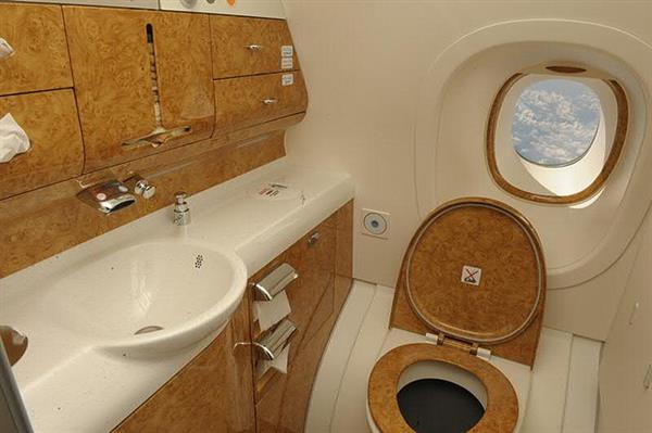 Bathroom on Emirates A380 aircraft